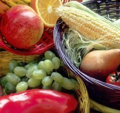 Fruit_and_vegetables_basket